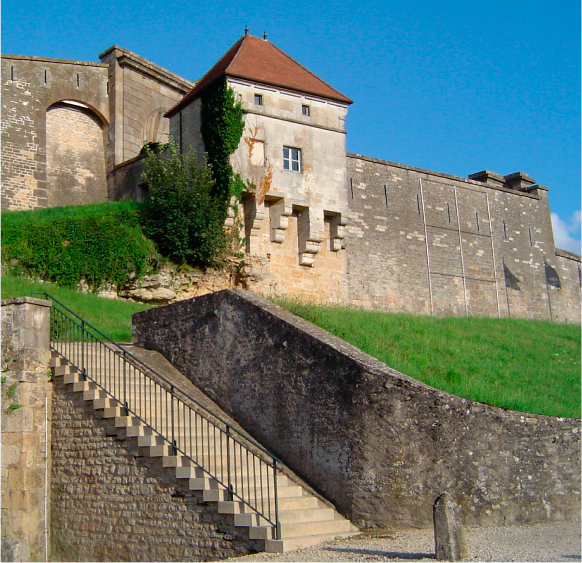Langres_remparts_3_MDT52